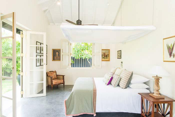 thalpe bedroom